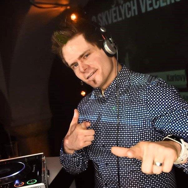DJ Leoš