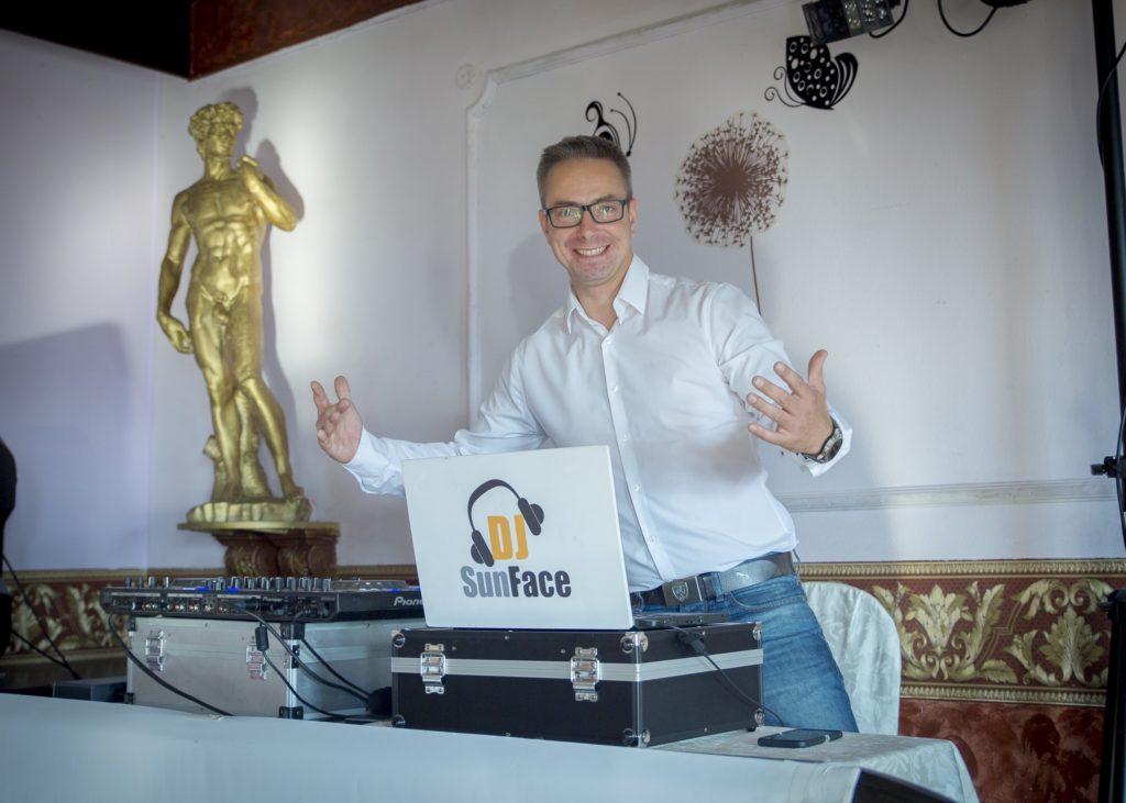 DJ na svatbu Praha Radek Šiml