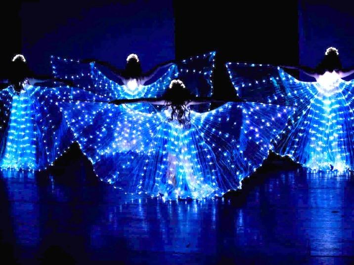 Světelná-taneční-show