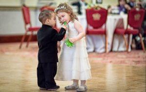 Malé děti na svatbě